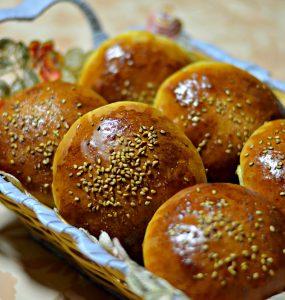 moroccan sweet rolls in a basket